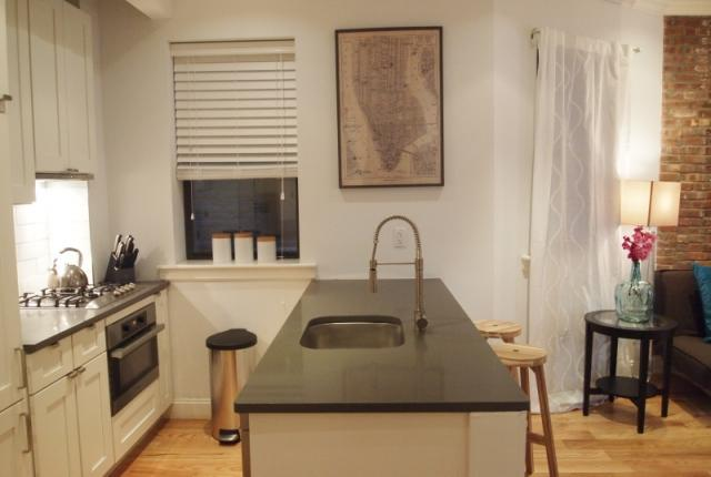 Soho 3BR/2BA - Amazing neighborhood.  Everything is just outside your door! photo 53580