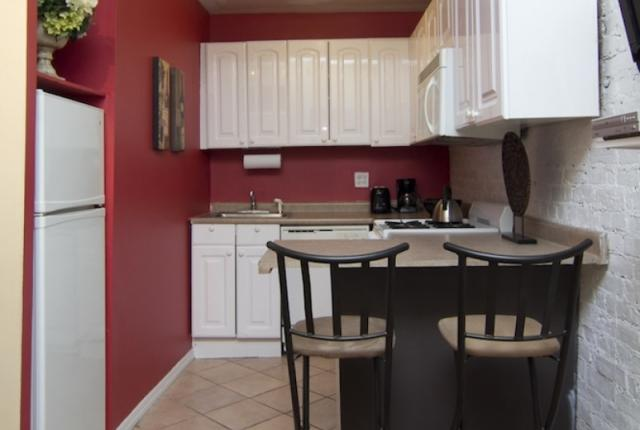 2 Bedroom  Flat in Times Square photo 50830
